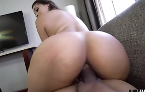 Curvy honey seduces stepbrother happy medium a absolutely her assets